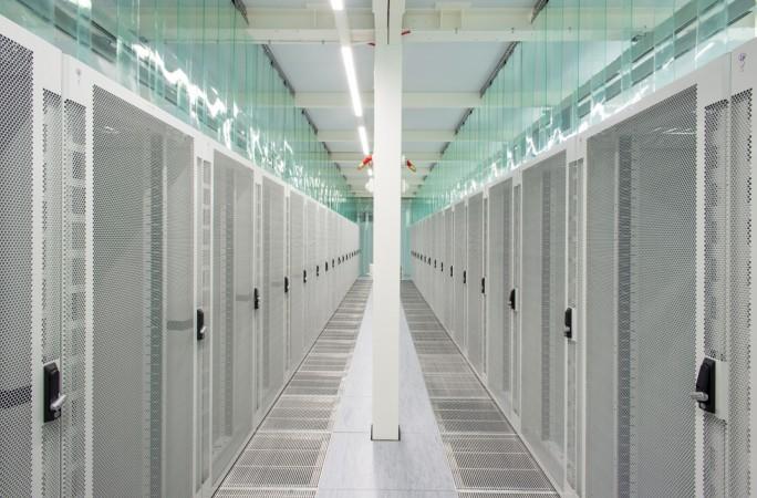 Blick in einen Rack-Gang im Rechenzentrum von Verne Global in Island. (Bild: Verne Global)