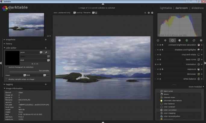 Darktable bietet sowohl eine Bildbearbeitung als auch Bildverwaltung. (Screenshot: Christian Lanzerath)