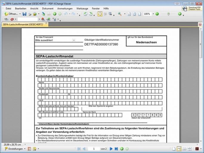 Bei PDF-XChange Viewer lassen sich in Dokumenten Textpassagen unterstreichen, kommentieren und sogar um eigenen Text erweitern. (Screenshot: Christian Lanzerath)