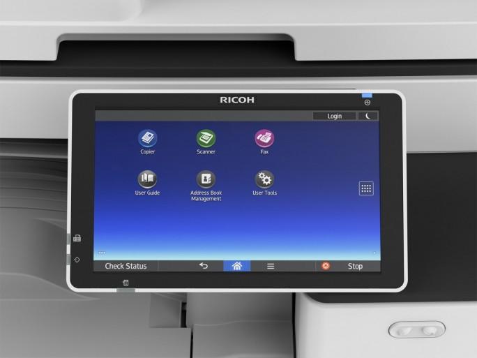 Das Smart Operation Panel des Ricoh A4-Farb-Multifunktionsdruckers soll für besseren Workflow sorgen (Bild: Ricoh).
