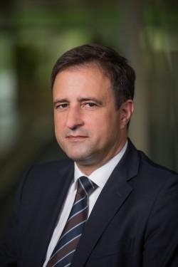 Roger Illing, der Autor dieses Gastbeitrags für silicon.de, ist Senior Vice President Enterprise Sales Europe bei OpenText (Bild: OpenText).