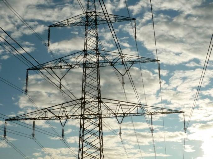 Stromleitungen (Bild: Peter Marwan)