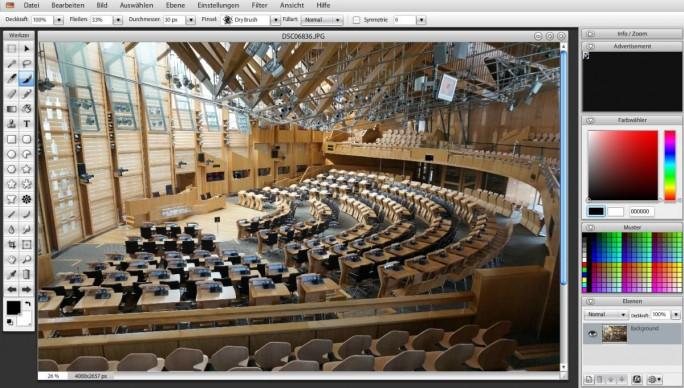 Wer schon einmal mit Photoshop gearbeitet hat, wird sich bei SumoPaint auf Anhieb zurechtfinden (Screenshot: Christian Lanzerath)