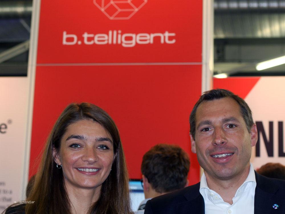 Helene Fuchs, Leiterin CC Data Warehouse und Klaus Blaschek, Managing Direktor, b.telligent, sieht einen neuen Trend im automatisierten Aufbau von Data Warehouses. (Bild: Martin Schindler)
