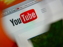 "2005 ging YouTube an den Start (Bild: <a href=""http://www.shutterstock.com/gallery-762415p1.html?cr=00&pl=edit-00"">Gil C</a> / <a href=""http://www.shutterstock.com/editorial?cr=00&pl=edit-00"">Shutterstock.com</a>)"