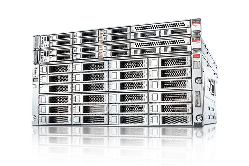 Mit dem integrierten System SPARK Minicluster S7-2 will Oracle auch den Midrange-Markt adressieren. Zahlreiche Automatisierungen etwa für Sicherheit, Compliance oder Patching vereinfachen die Administration der Lösung. (Bild: Oracle)