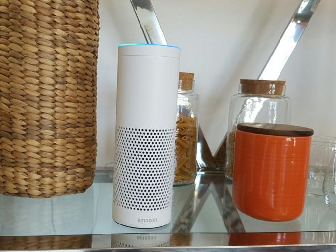 Amazon Echo (Bild: Übergizmo.de)