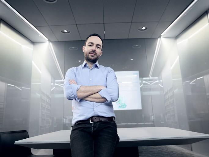 Techscout Marcus Kühne arbeitet mit einem Team daran, die VR-Technik auch beim Autobauer Audi aus Ingolstadt zu etablieren. Vor allem Verkauf und Vertrieb sollen davon profitieren. (Foto: Audi)