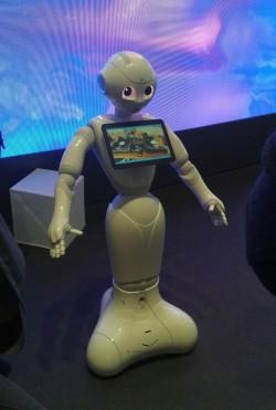 Serviceroboter der Firma Aldebaran auf dem IBM-Stand bei der CeBIT 2016 (Bild: silicon.de)