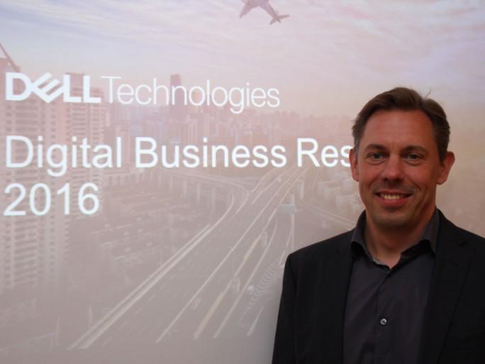 Matthias Zastrow, Senior Director Sales Strategy bei Dell EMC stellt die Studie zur Digitalisierung vor, die inzwischen alle Branchen zu erfassen scheint. (Bild: M. Schindler)