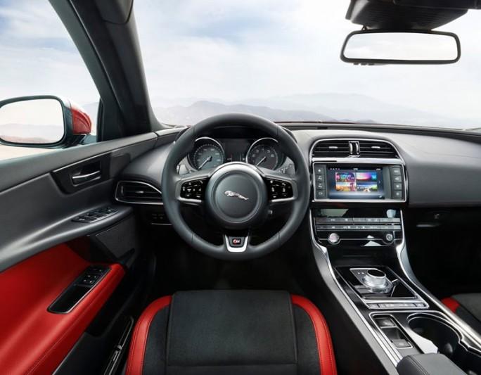 Mit dem Kauf von Harman hofft Samsung auch dessen gute Beziehungen zu zahlreichen Automobilherstellern übernehemn zu können (Bild: Harman