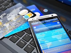 Online-Banking-Kreditkarten (Bild: Shutterstock/Oleksiy-Mark)