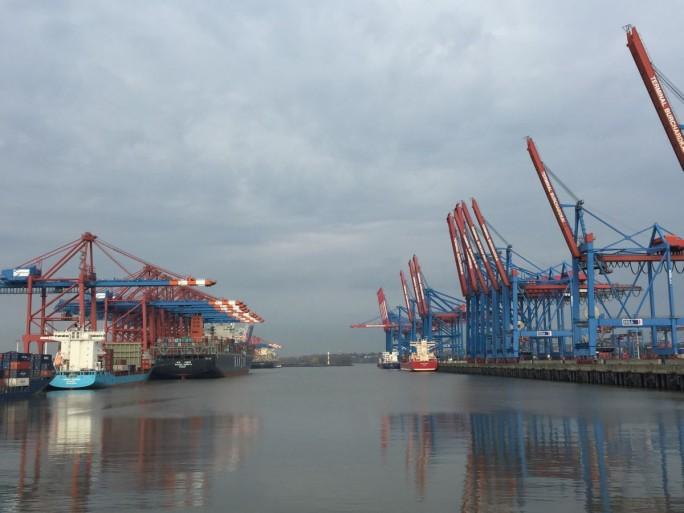 Die Hafenverwaltung Hamburg, IoT-Plattform-Anbieter Kii und Sensorspezialist AQMesh haben ein im Frühjahr gestartetes  IoT-Pilotprojekt zur Emissionsmessung erfolgreich abgeschlossen (Bild: Kii)