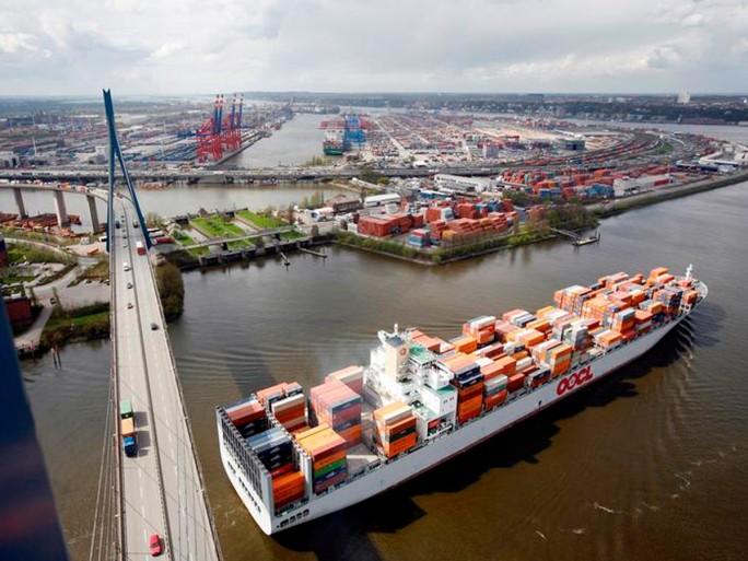 Köhlbrandhochbrücke im Hamburger Hafen (Bild: Hamburg Port Authority)