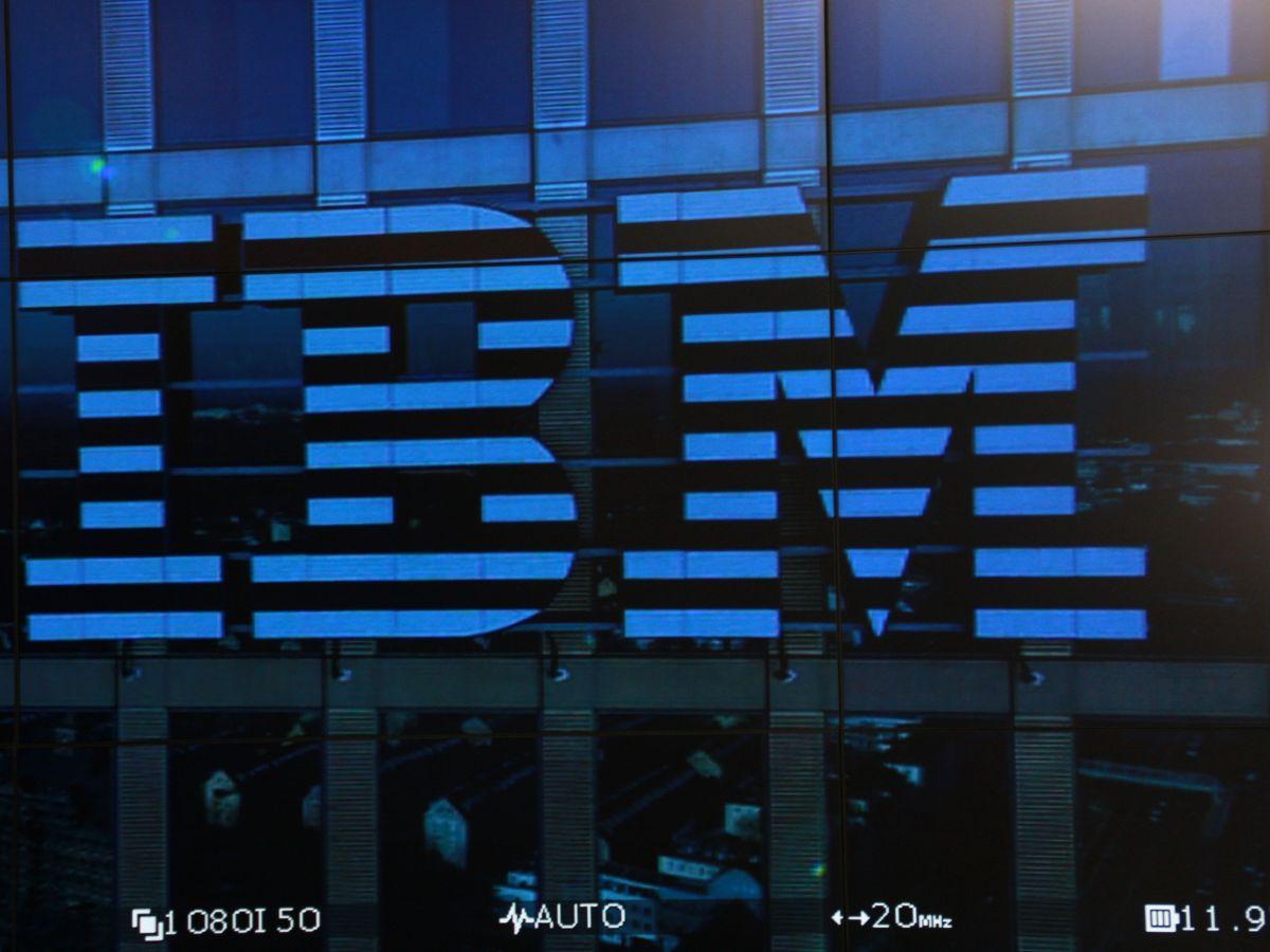 IBM verzeichnet erneut Umsatzrückgang im zweiten Quartal