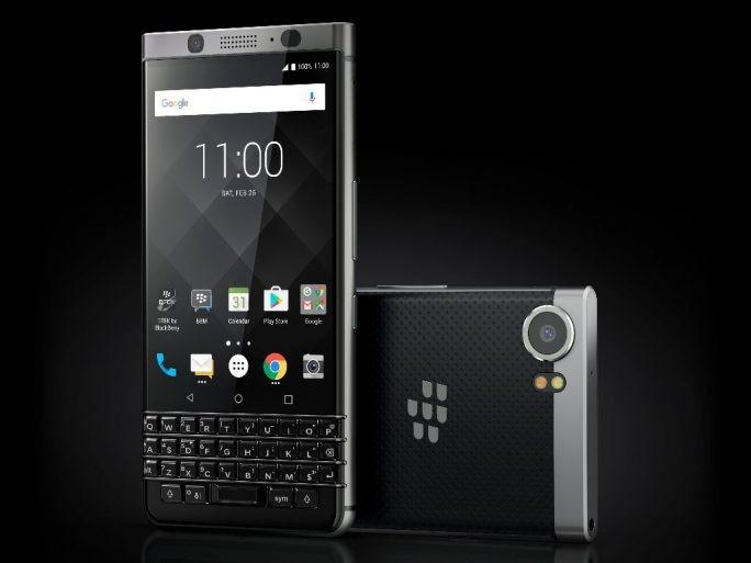 Das neue BlackBerry KEYone kommt mit einer physischen Tastatur. (Bild: TCL)
