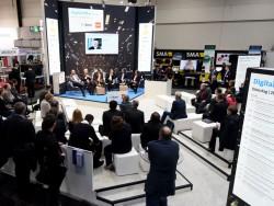 Auf dem Digital Office Stage des Bitkom zeigten Experten Lösungswege zur digitalen Transformation auf. (Bild: Deutsche Messe AG)