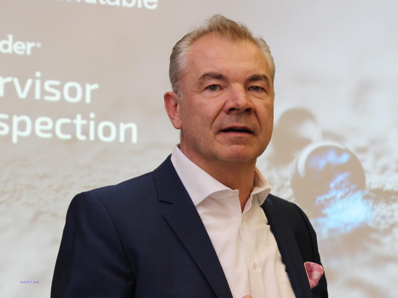 Carsten Böckelmann, Regional Sales Director DACH-NL bei Bitdefender, sieht immer ausgefeiltere Angriffe und die könnten vom Privatnutzer bis zum internationalen Konzern alle betreffen. (Bild: Martin Schindler)