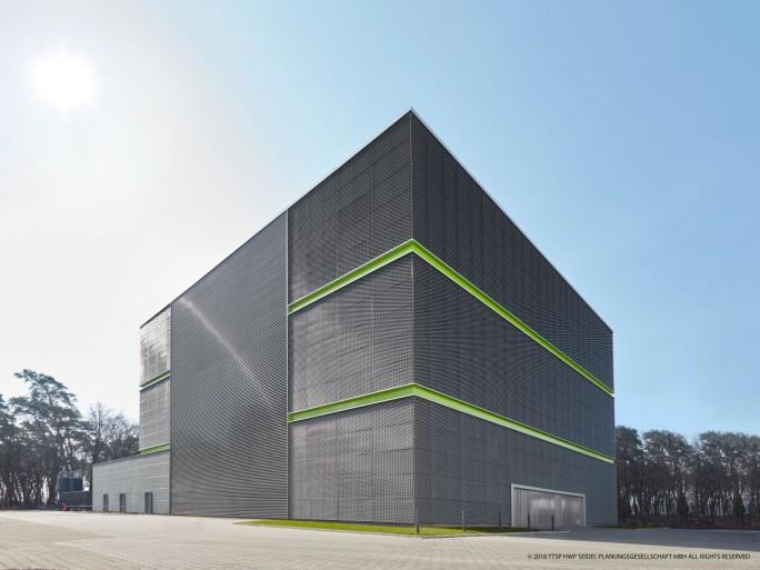 Von Nixdorf Data Center im Contracting-Verfahren gebaut: Der GSI GreenCube des Helmholtzzentrums für Schwerionenforschung in Darmstadt (Bild: ttsp hwp seidel Planungsgesellschaft mbH)
