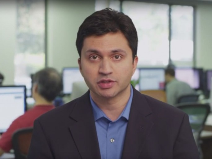 Strebt mit seiner Firma den IPO an: Netskope-Gründer Sanjay Beri (Screenshot: silicon.de bei Youtube)
