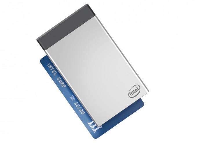Die Intel Compute Card bietet auf den Abmessungen einer Scheckkarte einen Modular aufgebauten Computer mit SoC, Memory, Storage sowie kabellosen Schnittstellen (Bild: Intel)