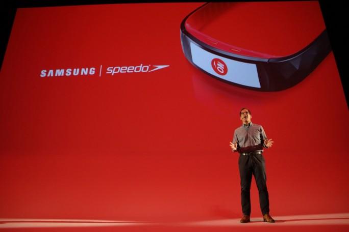 Samsung Gear Fit2 Pro.  (Bild: Samsung)