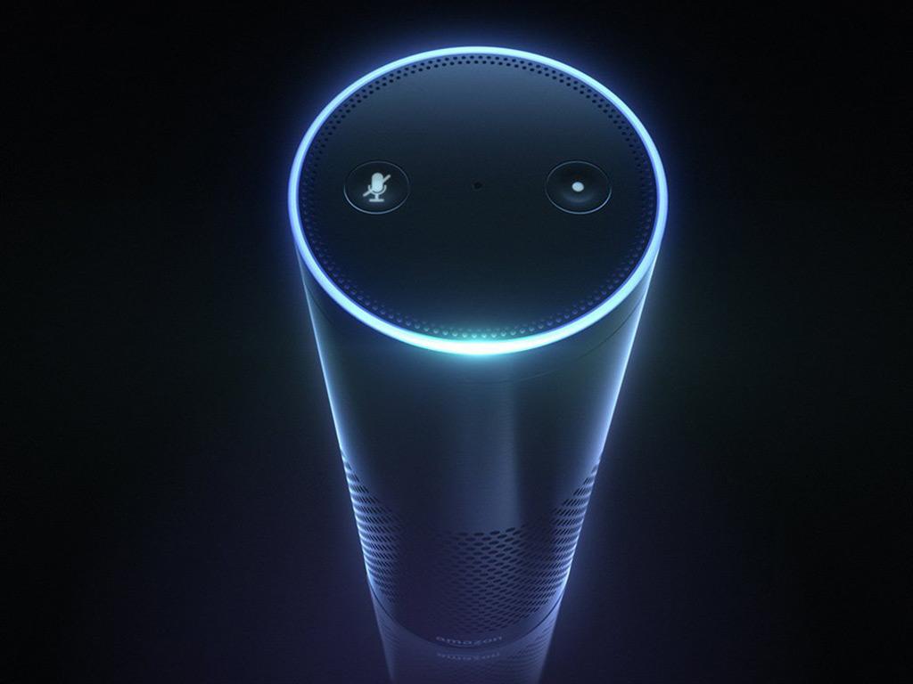 Amazon Echo. Für die digitale Assistentin Alexa gibt es bereits heute mehr als 20.000 Fähigkeiten, die von Drittanbietern entwickelt wurden. (Bild: Amazon)