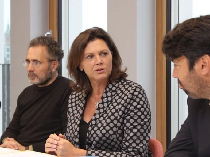 Bayerns Wirtschaftsministerin Ilse Aigner bekennt sich zur Digitalisierung und unterstreicht, dass die Cloud für den Standort Bayern von besonders großer Bedeutung ist. (Bild: Martin Schindler)