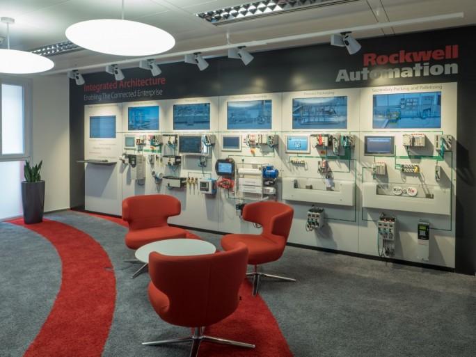 In Karlsruhe demonstriert Rockwell in einem Kompetenzzentrum interessierten Anwendern die Möglichkeiten, die sich in einem Connected Enterprise bieten. (Bild: Rockwell Automation)