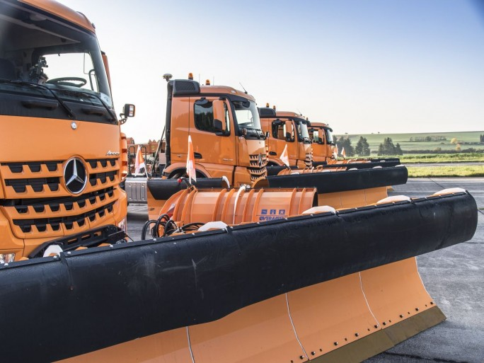 Mercedes-Benz Arocs 2045 AS (Bild: Daimler AG)