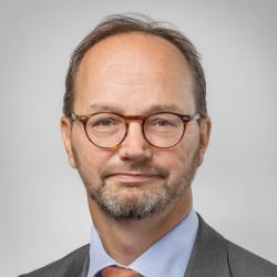 Minister Tomas Eneroth will digitale Barrieren gegen Terrorangriffe mit Fahrzeugen testen (Bild: Thomas Eneroth/Government Offices of Sweden)