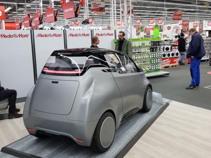 Laut Hersteller wird das Fahrzeug ab 14.900 Euro kosten und zunächst in Schweden, später dann in der Europäischen Union und in Indien auf dem Markt kommen.  (Bild: Christian Raum)