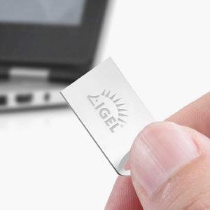 IGEL UD Pocket bietet auf der Größe eines USB-Sticks eine Client-Umgebung. Auch damit können mit den neuen Versionen des IGEL-Betriebssystems Videokonferenzen abgehalten werden. (Bild: IGEL)