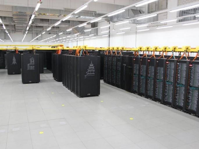 Vorgänger SuperMUC in der Ausbauphase 2, die 2015 in Betrieb ging. (Bild: ZDNet.de)