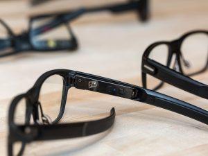 Intel Glasses (Bild: The Verge)