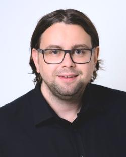 Tom Becker, der Autor dieses Gastbeitrags, ist Geschäftsführer der PresentationLoad GmbH (Bild: PresentationLoad)