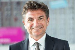 Dr. Ferri Abolhassan, der Autor dieses Gastbeitrags ist Service-Chef bei der Deutschen Telekom (Bild: Telekom)