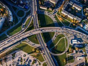 Mit der Datenqualität und -verfügbarkeit steht und fällt der Verkehr der Zukunft (Quelle: pexels)