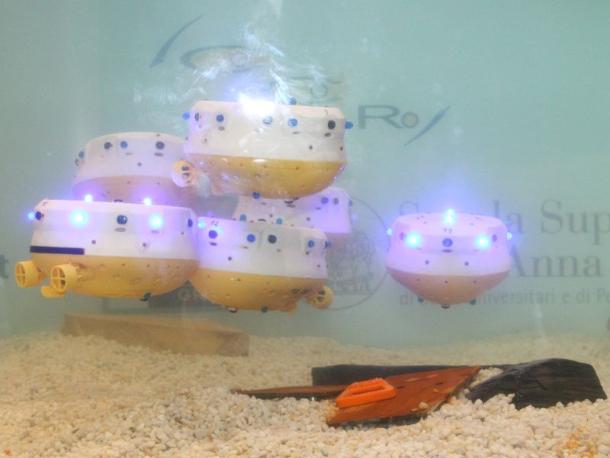 12-unterwasserroboter-schwarm