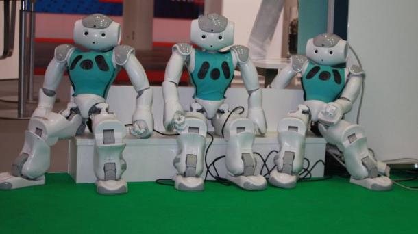 29-muede-roboter-800